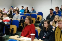 ExplElx_4_students (800x387)